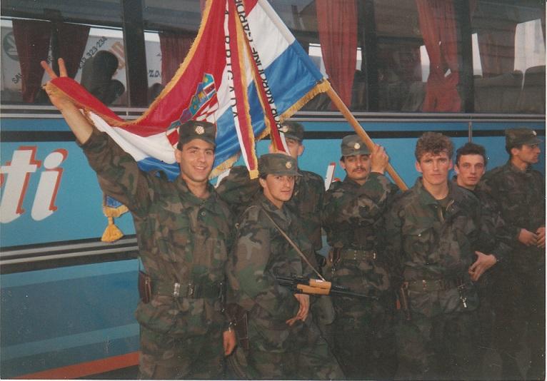 PJP Kumrovec polazak za Split sa zastavom za 4 Brigadu ZNG